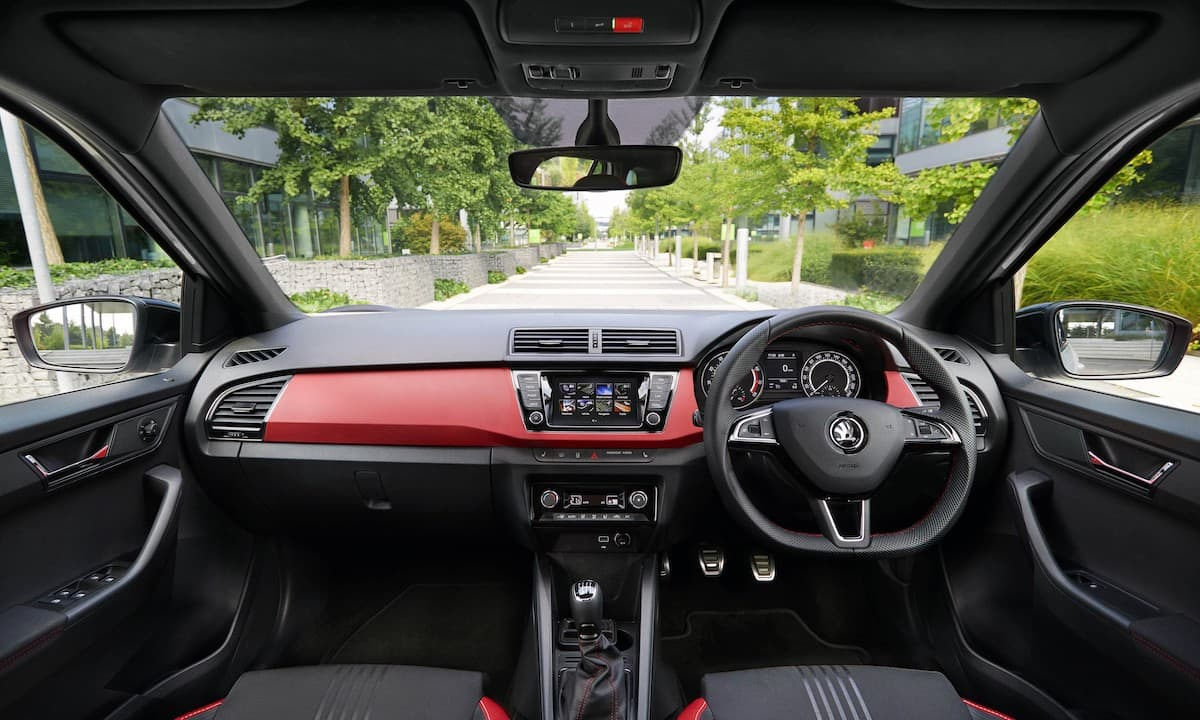 Skoda Fabia (2015 onwards) – interior and dashboard