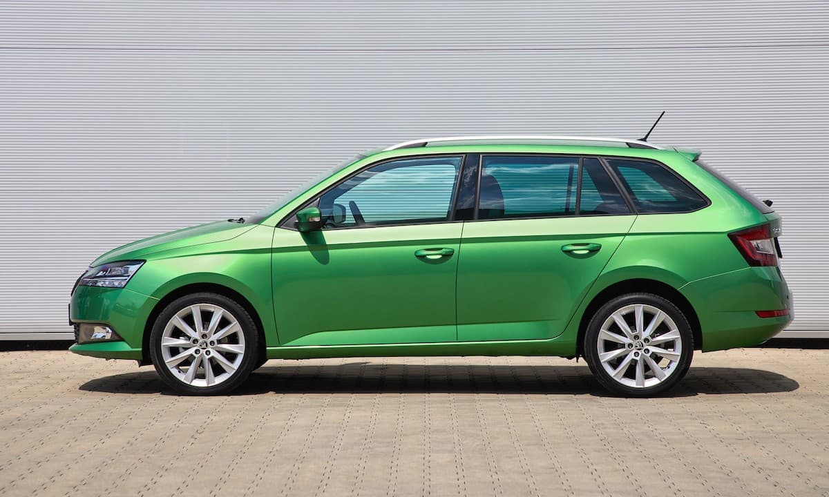 Skoda Fabia estate (2015 onwards) – side profile