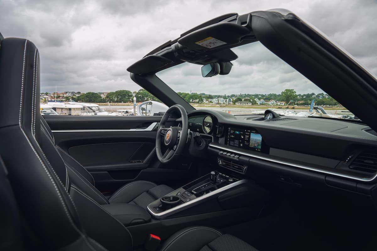 Porsche 911 Targa 4S review - interior