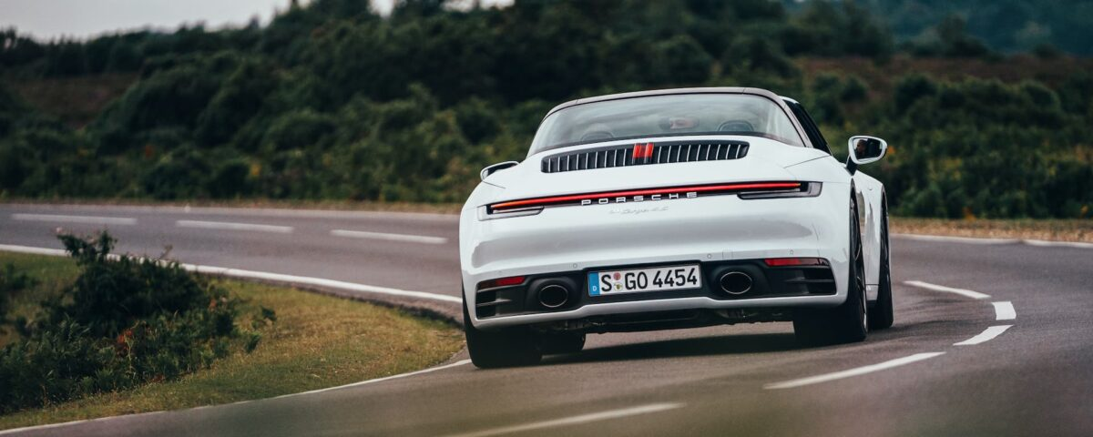992 Porsche 911 Targa 4S road test - rear