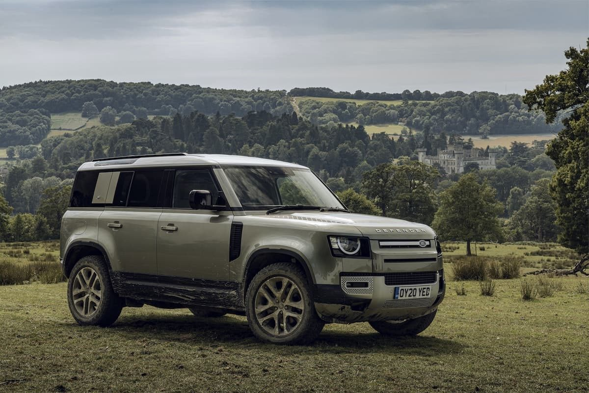 2021 Land Rover Defender 110 - front view