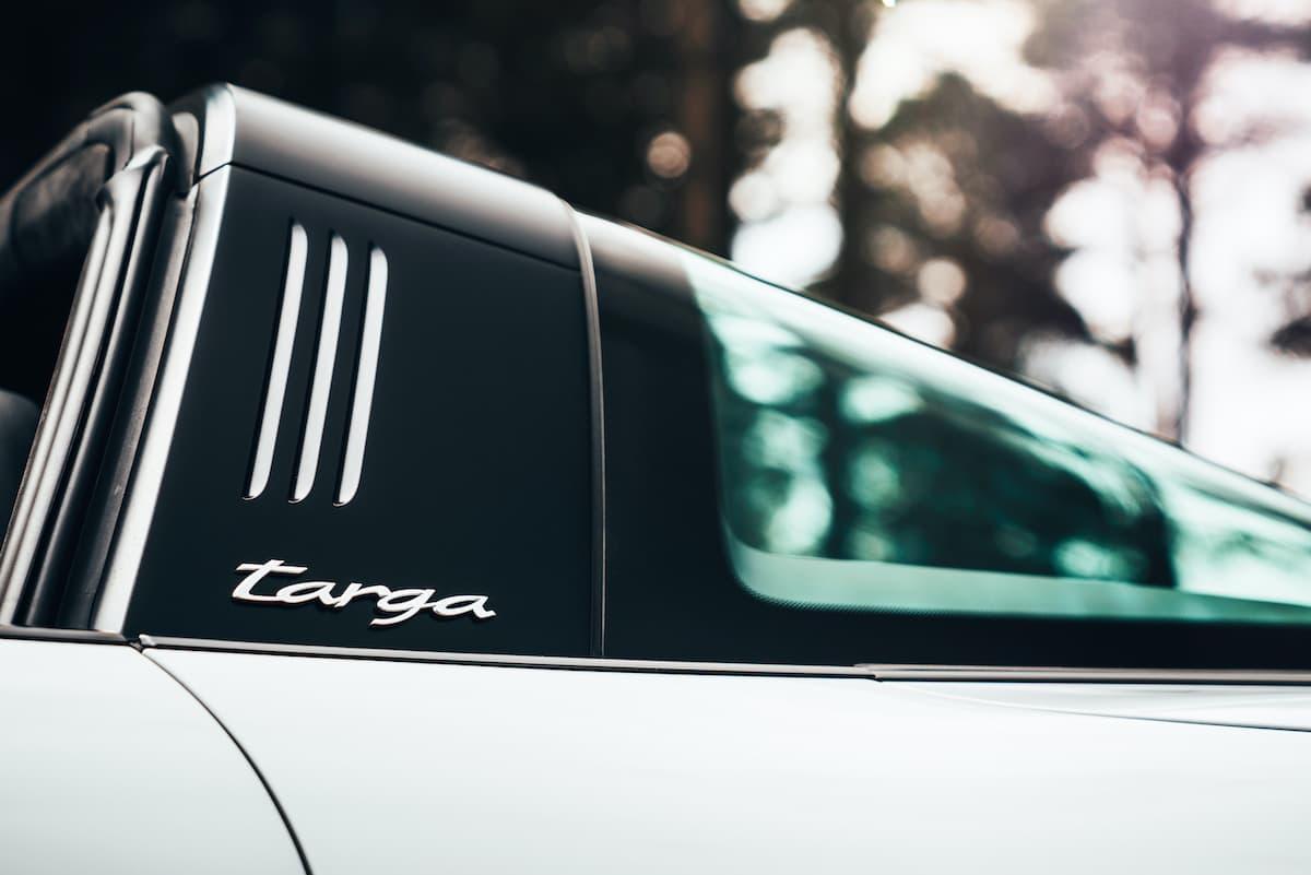 Porsche 911 Targa 4S - roll hoop