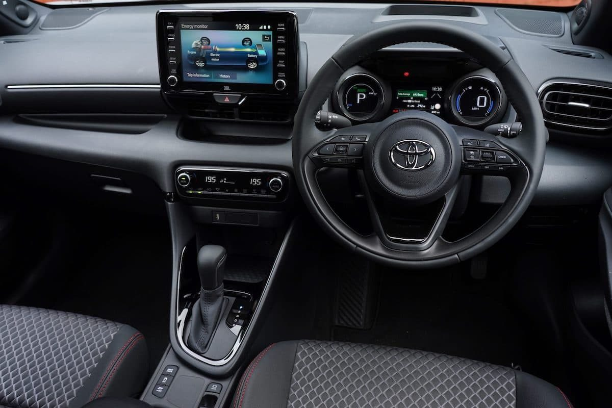 Toyota Yaris (2020 onwards) – interior and dashboard