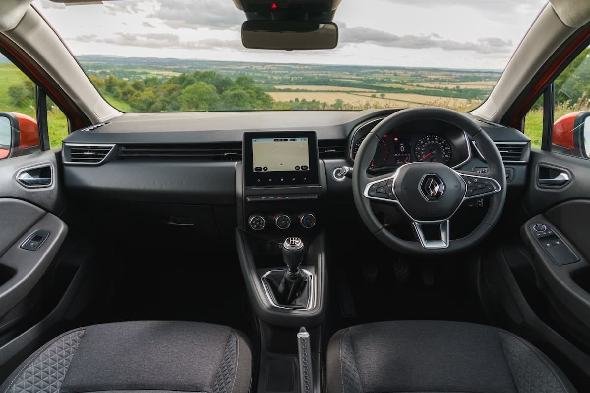 Renault Clio (2019 onwards) - interior and dashboard