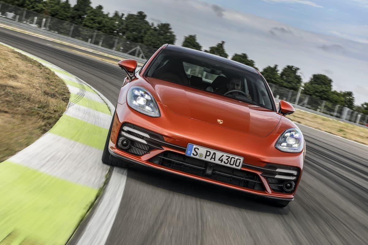2021 Porsche Panamera - front