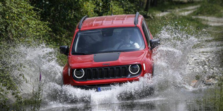 Jeep Renegade 4xe test drive