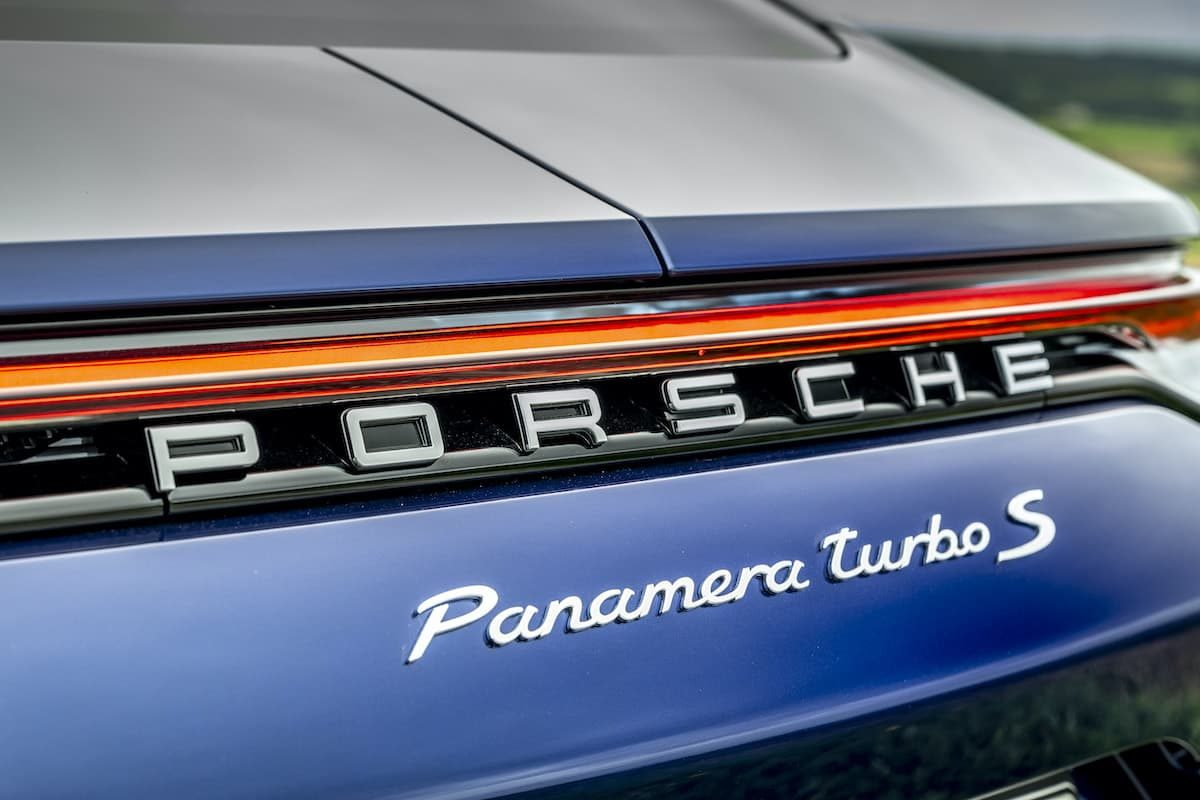 Porsche Panamera Turbo S review - boot badge