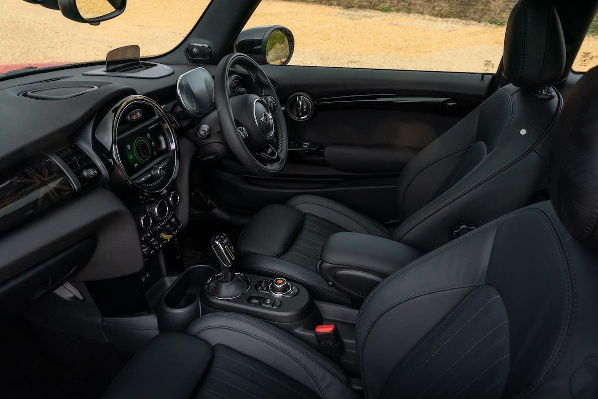 Mini Electric review 2020 - front seats