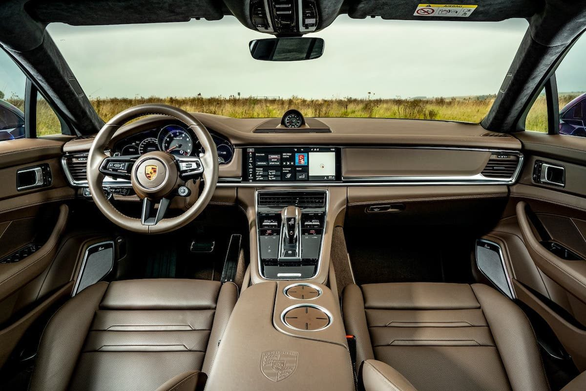 Porsche Panamera Turbo S review - interior and dashboard