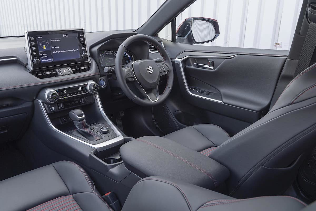 Suzuki Across - dashboard
