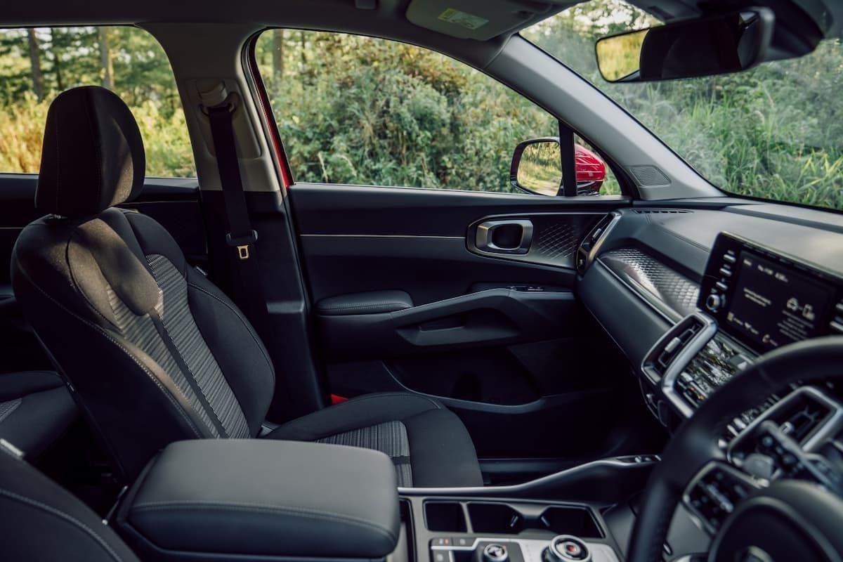 2020 Kia Sorento review - front seats