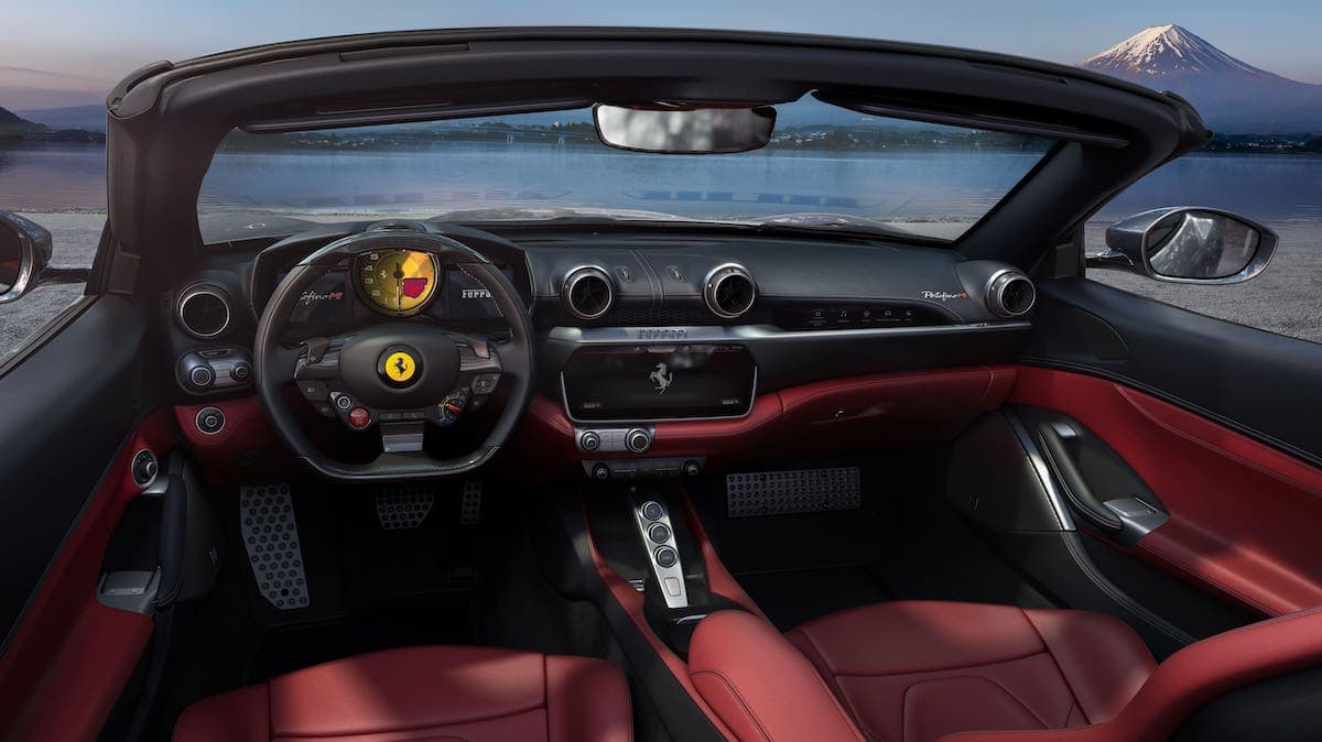 Ferrari Portofino M - interior
