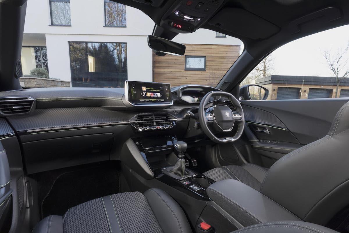 2020 Peugeot 2008 review - front seats