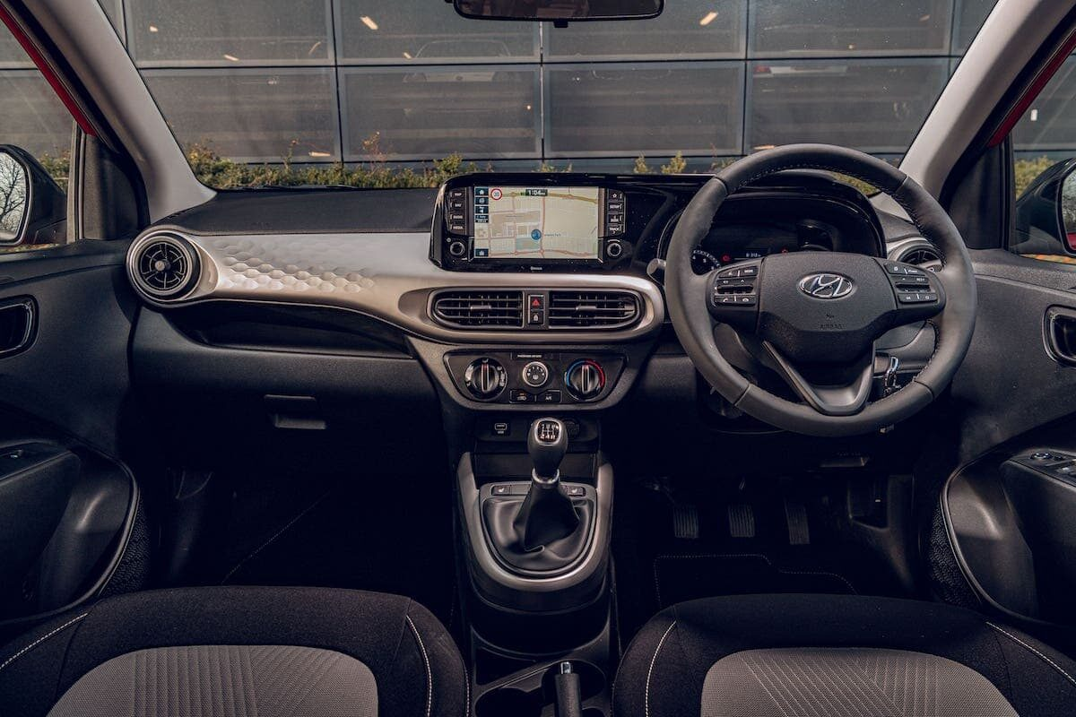 2020 Hyundai i10 review - dashboard