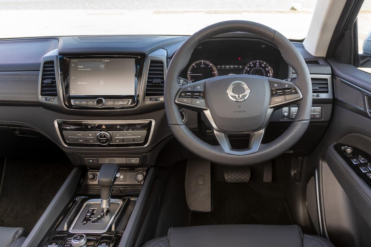 SsangYong Rexton (2020) – interior and dashboard