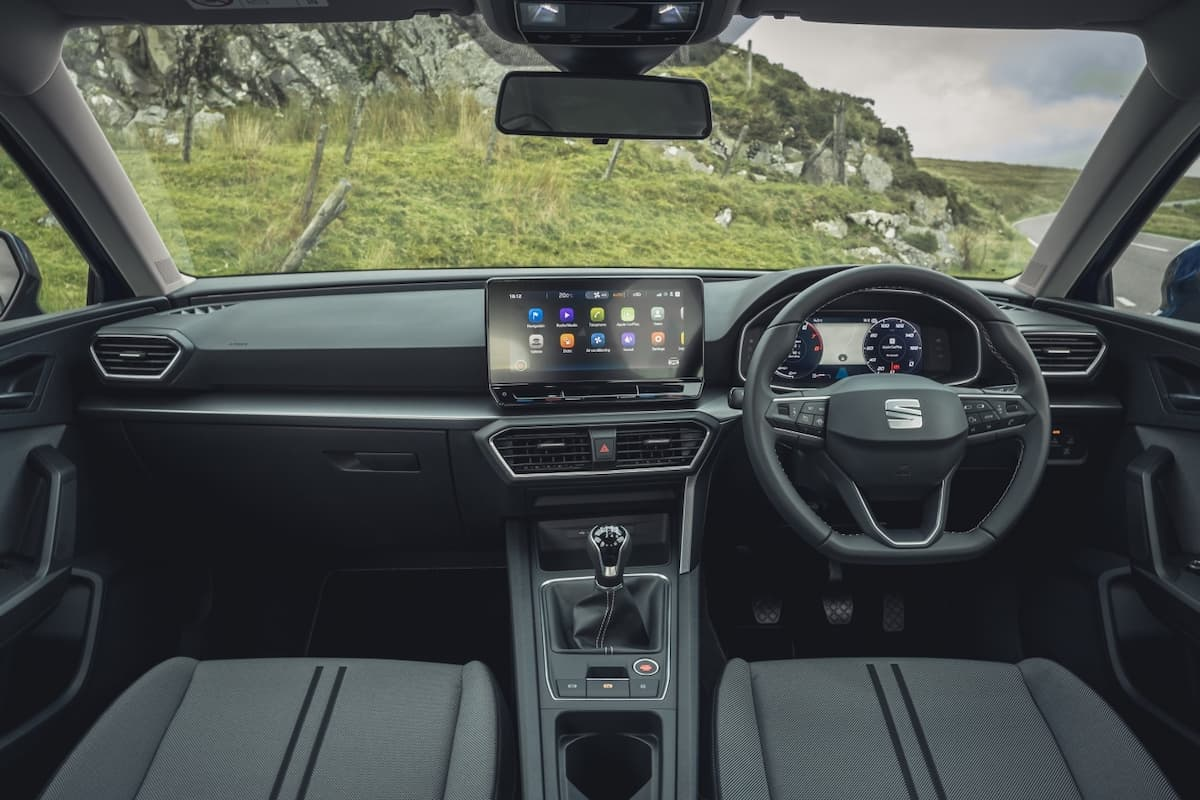 SEAT Leon (2020 onwards) - dashboard