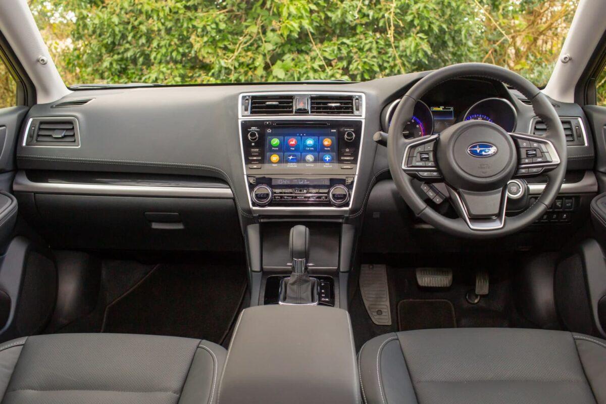 Subaru Outback (2018 onwards) - interior and dashboard