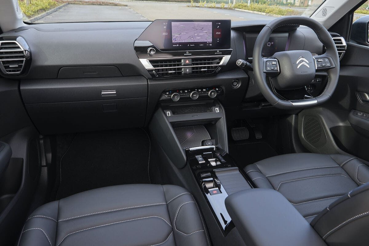 Citroën C4 (2021 onwards) - interior and dashboard