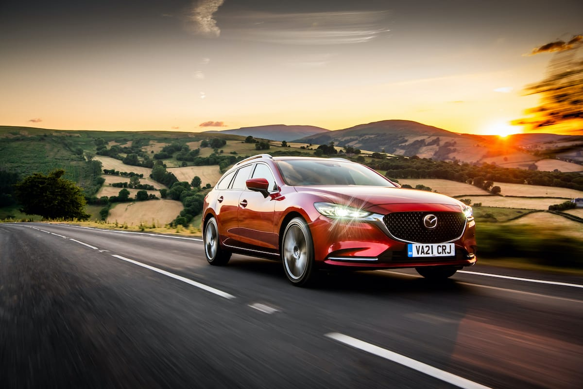 Mazda 6 Tourer (2013 onwards) – front three-quarter
