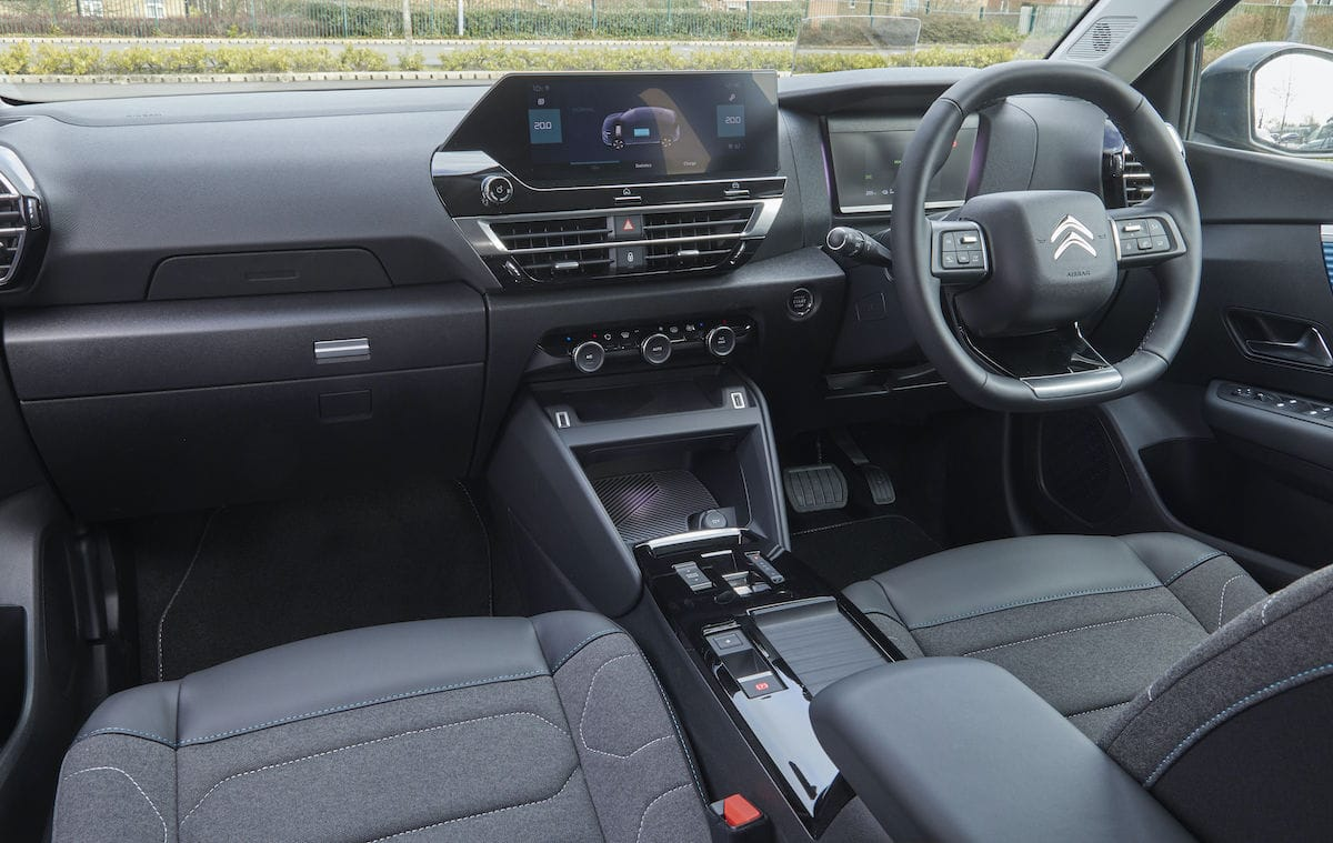 Citroën ë-C4 (2021 onwards) – interior and dashboard
