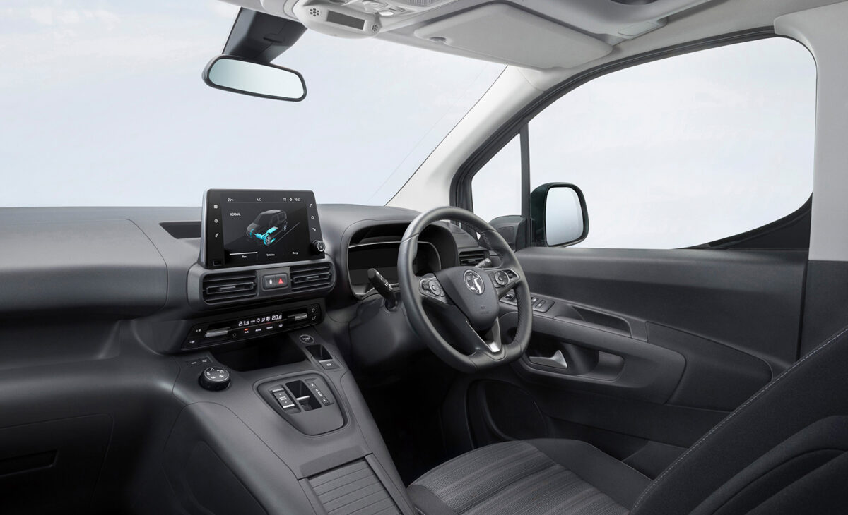 Vauxhall-e Combo interior