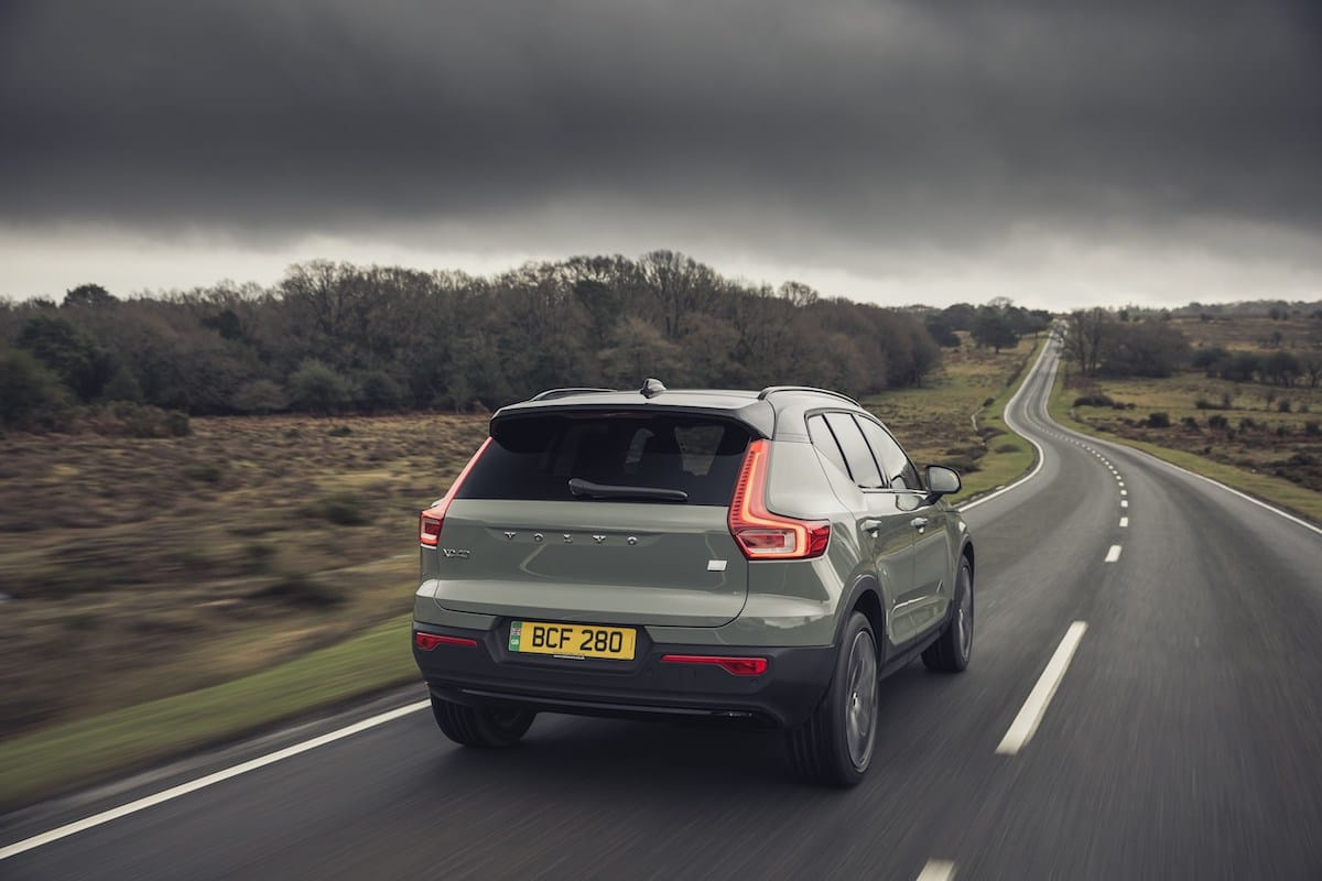 Volvo XC40 Recharge (2021 onwards) – rear view