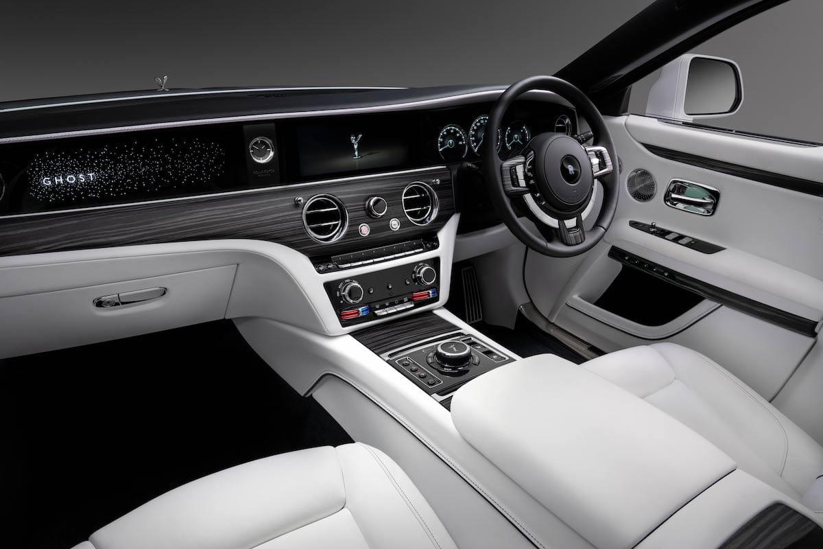Rolls-Royce Ghost (2020 onwards) – dashboard