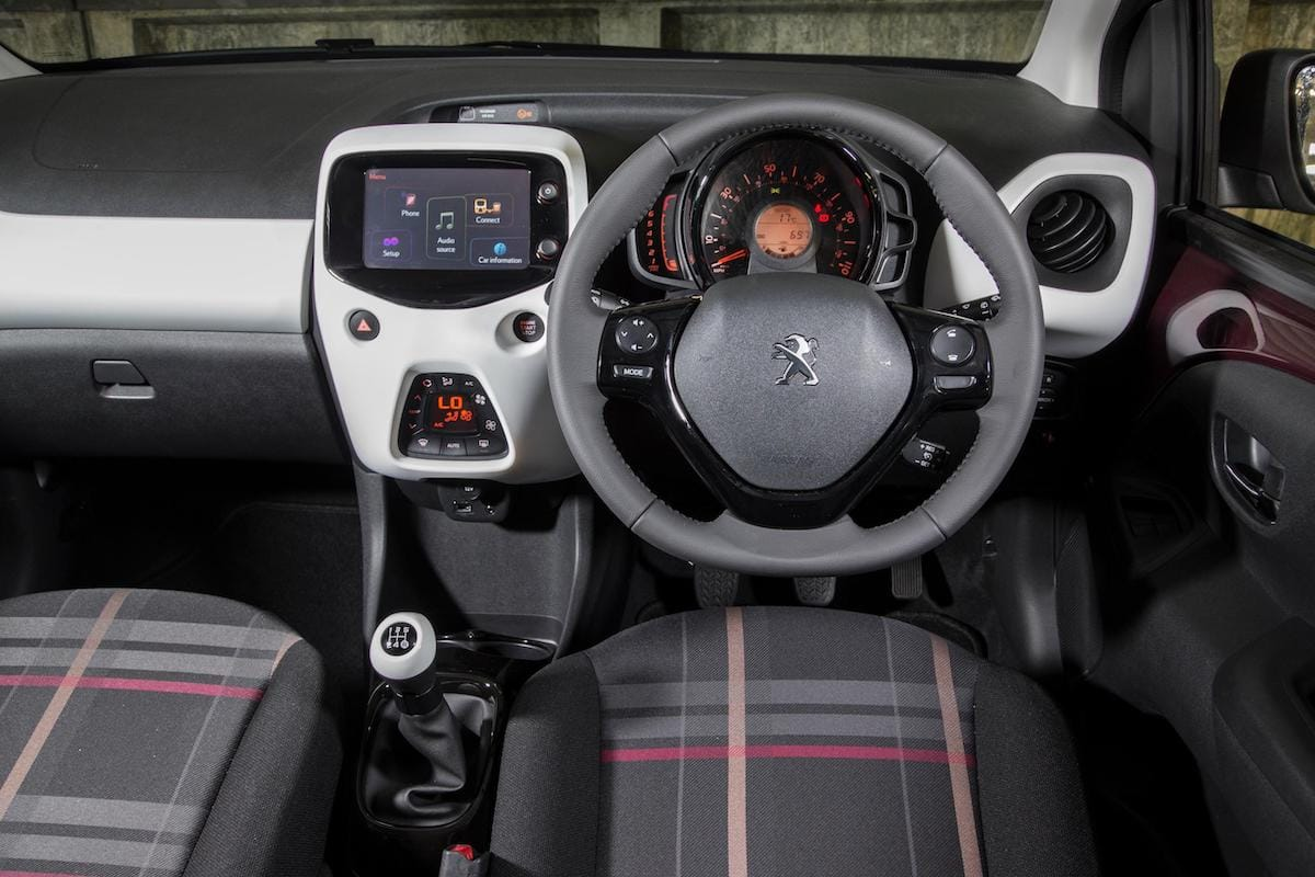 Peugeot 108 (2014 onwards) - interior