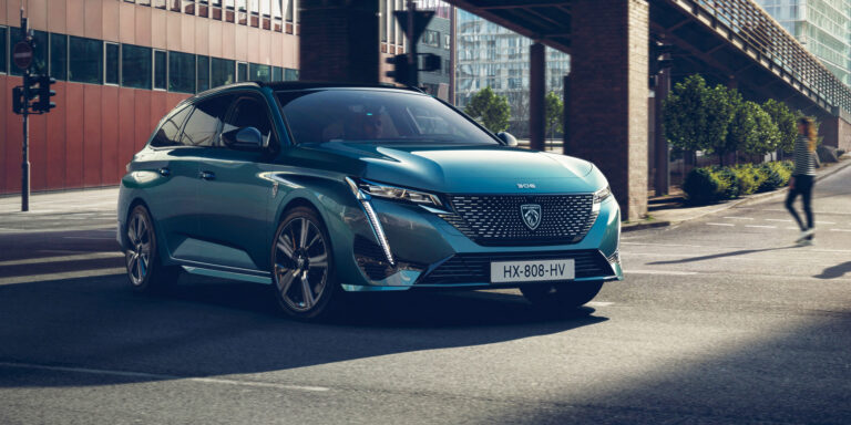 New Peugeot 308 SW includes PHEV flagship