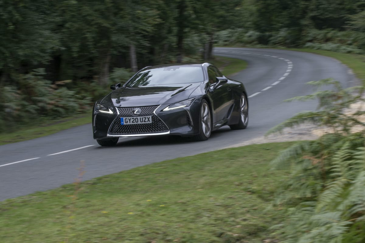 Lexus LC coupé (2017 onwards) – front view