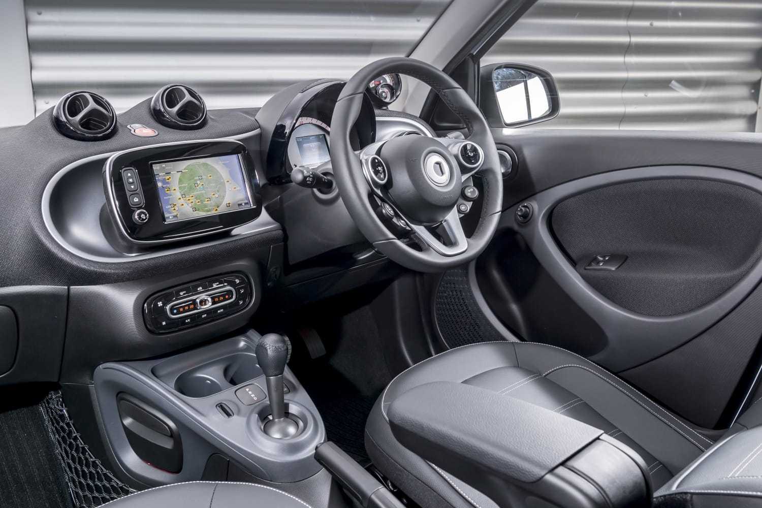 Smart Forfour Electric Drive (2017 – 2019) - dashboard