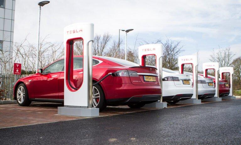 EV market to plug into Tesla chargers?