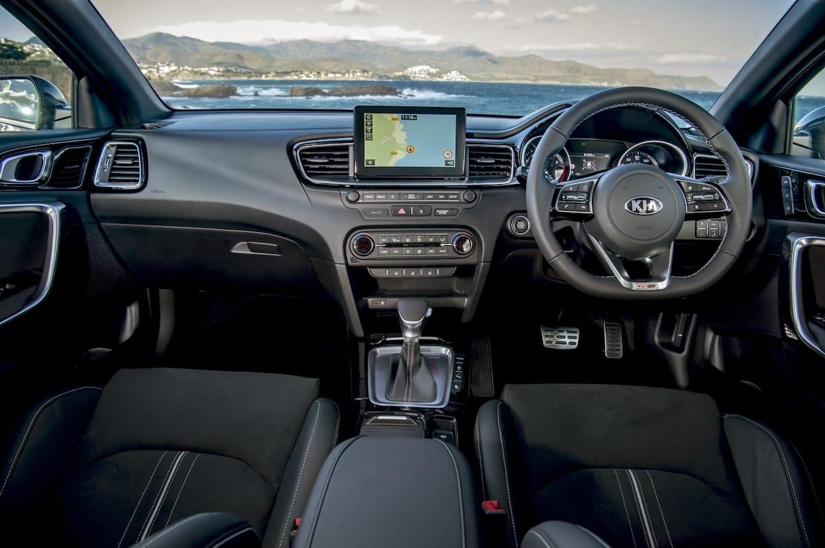 Kia ProCeed (2019 onwards) – interior and dashboard