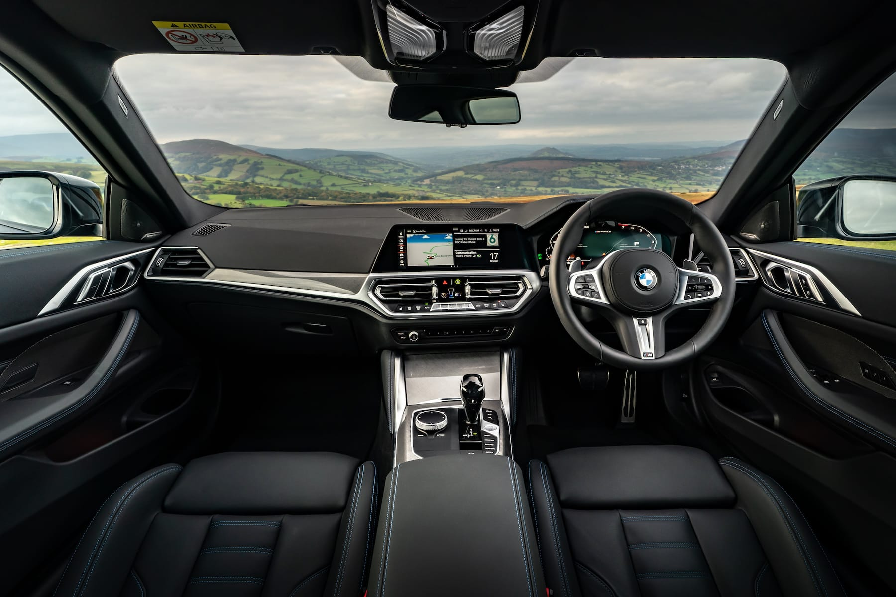 BMW 4 Series Coupé (2020 onwards) – interior and dashboard